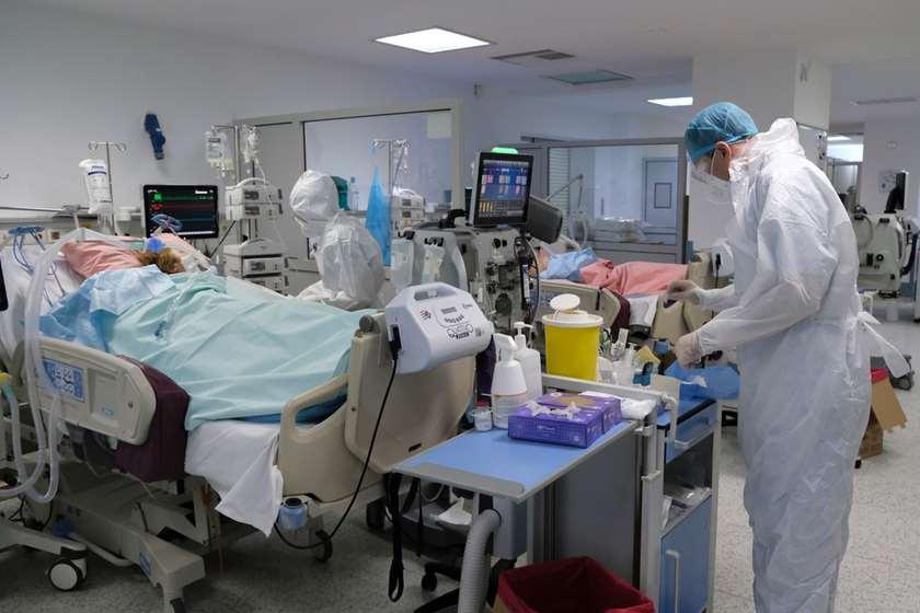 მძიმე პაციენტების პალატა