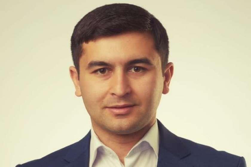 აგილ მუსტაფაევი